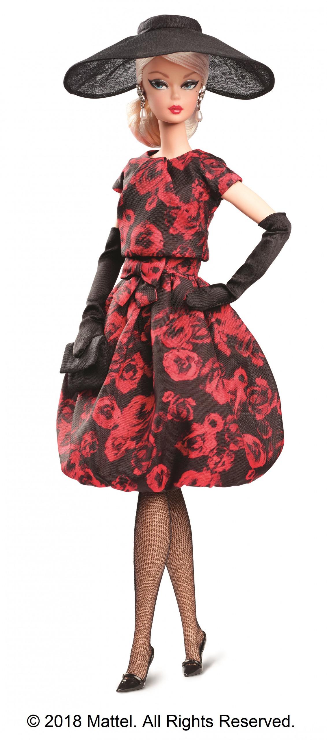 世界2万体以下の限定バービー「ファッション・モデル・コレクション エレガントローズ・カクテルドレス」です。素材にはシルクストーンを使用。独特の質感で仕上がったこだわりのドールになっています。
